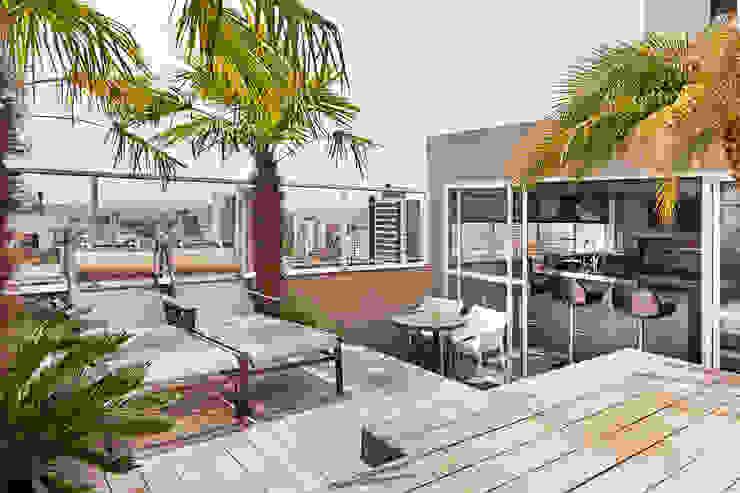 Cobertura Bela Vista, Porto Alegre, RS. Varandas, alpendres e terraços modernos por arquitetura7 Moderno