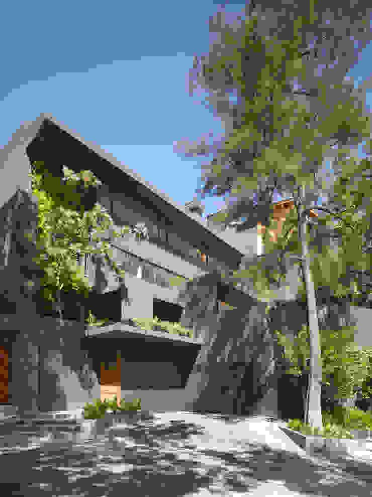 Ezequiel Farca Minimalist houses