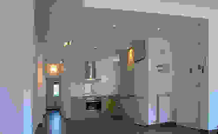 Salas Arquitectura+Diseño Cocinas de estilo moderno