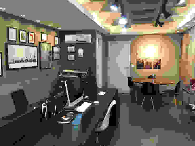 Estudios y despachos modernos de Vitor Dias Arquitetura Moderno