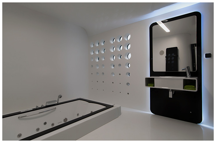 Modern bathroom by floatinghouses Modern