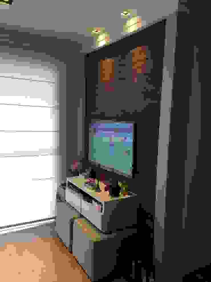 Sala de estar/TV Salas de estar modernas por Vitor Dias Arquitetura Moderno