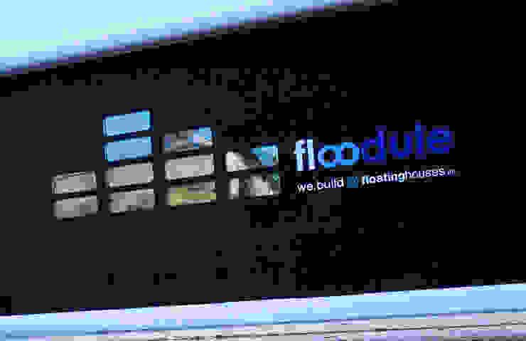Domy na wodzie od floatinghouses Nowoczesny