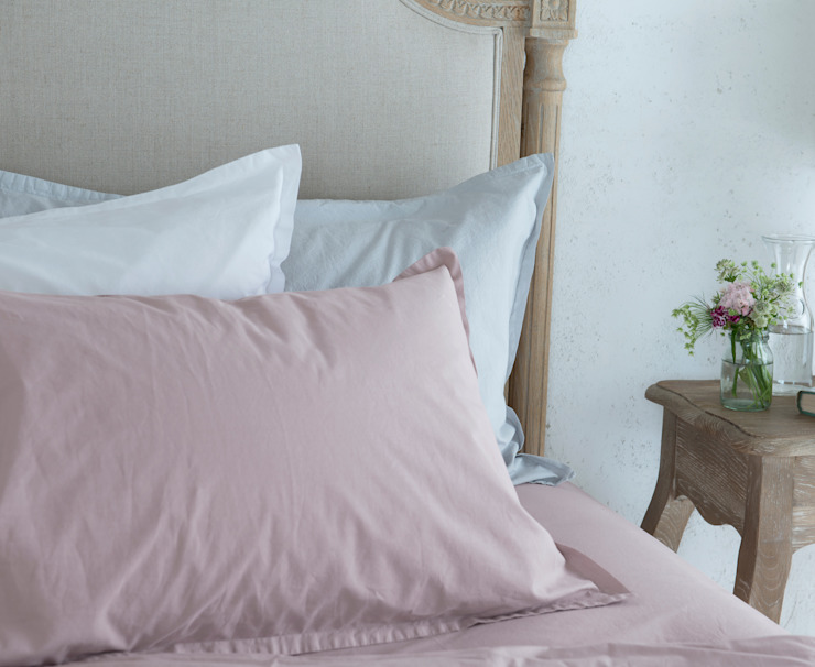 Lazy Cotton bedlinen : modern  by Loaf, Modern Textile Amber/Gold