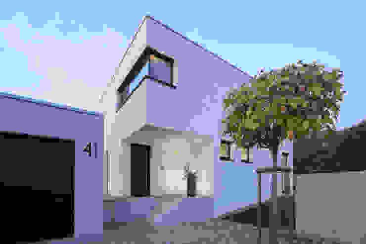 Casas modernas: Ideas, imágenes y decoración de Schiller Architektur BDA Moderno