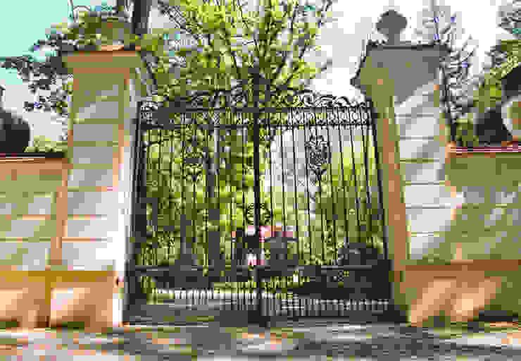 Brama wjazdowa - wzór G146 ALMET.com.pl od ALMET Kowalstwo Artystyczne Klasyczny