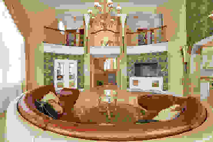 Интерьеры жилого дома в пос.Дубовое ООО 'Архитектурное бюро Доценко' Гостиные в эклектичном стиле