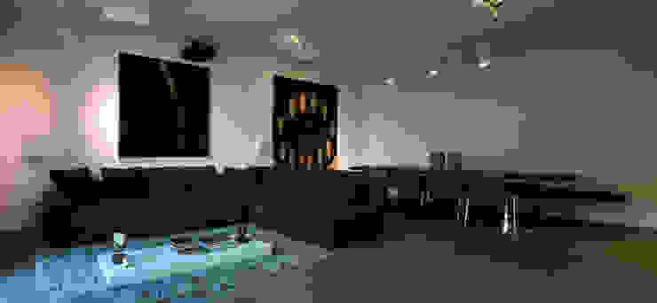 Abitazione SC Soggiorno moderno di INSIDESIGN STUDIOSTORE - MELMAN GROUP SRL Moderno