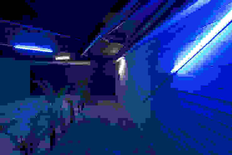 Tadeo 4909_7 Garajes industriales de Proyecto Cafeina Industrial