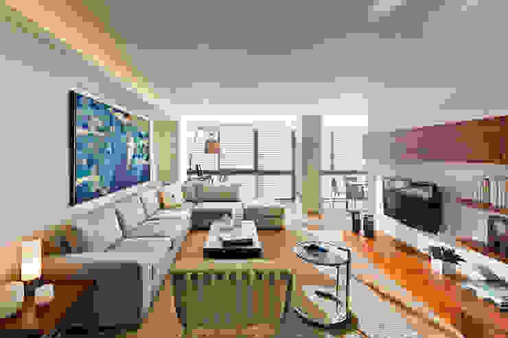 Sala de estar: Salas de estilo  por Weber Arquitectos, Moderno