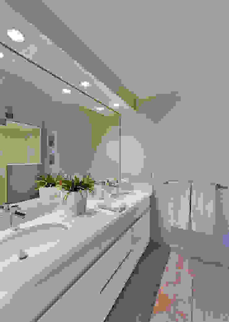 Baño recámara principal Baños modernos de Weber Arquitectos Moderno