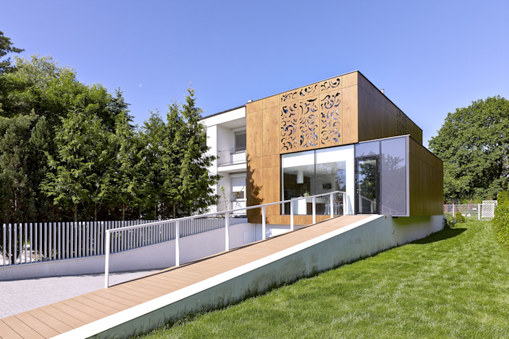 Modern houses by KLUJ ARCHITEKCI Modern