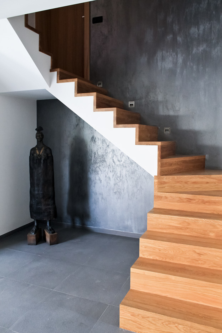 Holl Nowoczesny korytarz, przedpokój i schody od t Nowoczesny