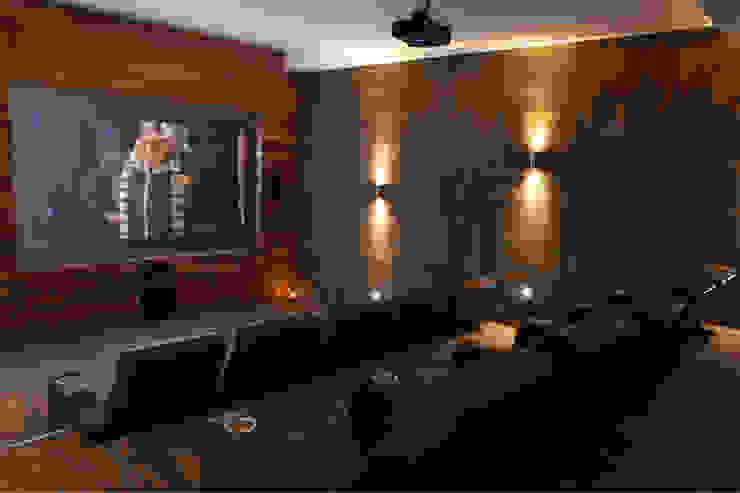 Residencial Vivalto Salas multimedia modernas de Grupo Nodus Arquitectos Moderno