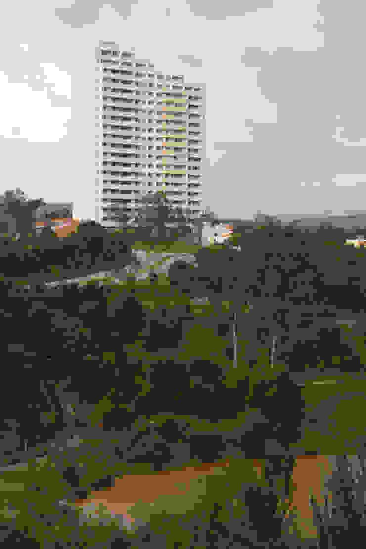 Residencial Vivalto Casas modernas de Grupo Nodus Arquitectos Moderno