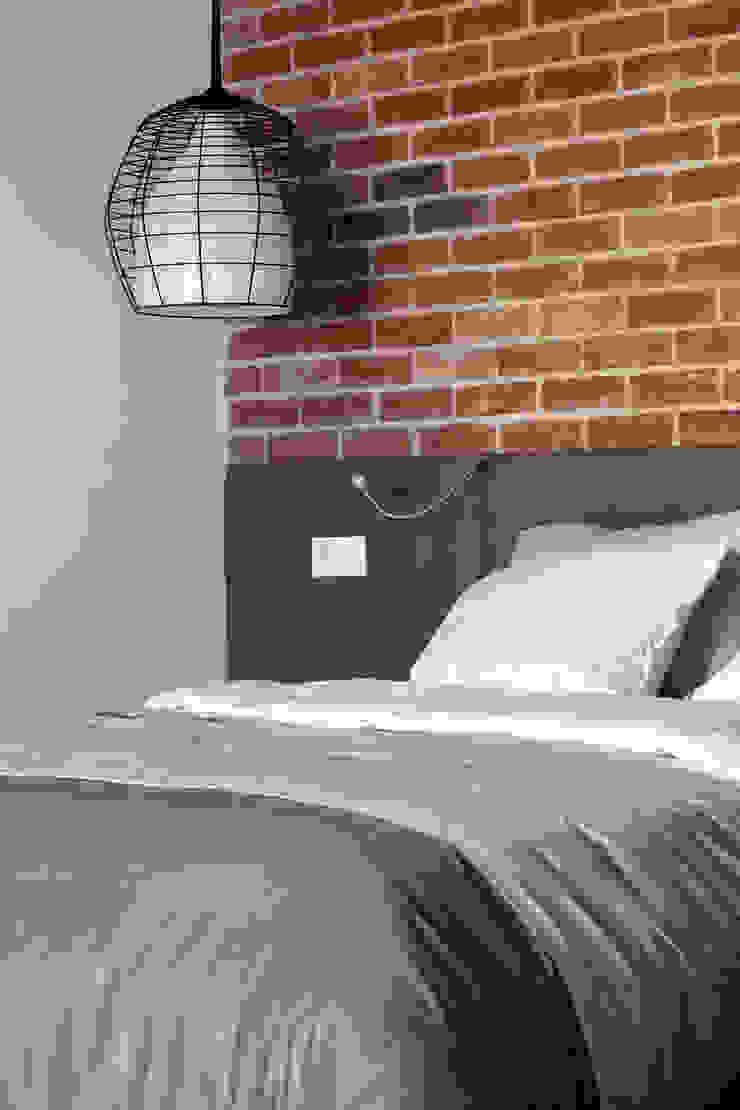 Однушка Спальня в скандинавском стиле от Lugerin Architects Скандинавский
