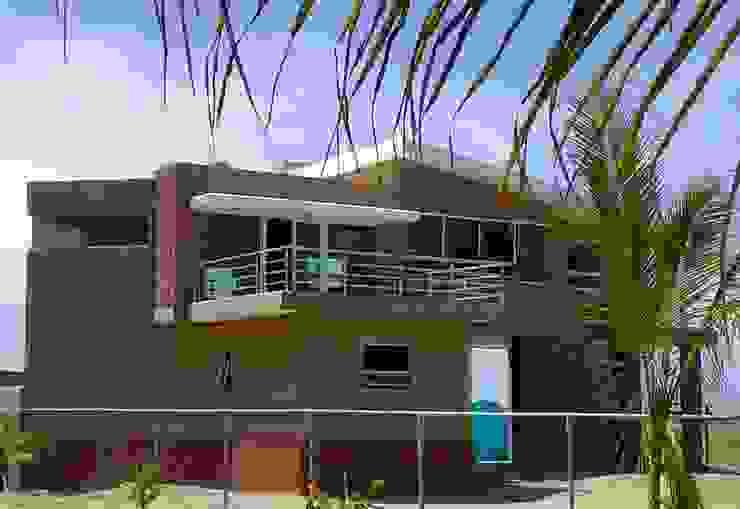 casa YGH Casas modernas de Hussein Garzon arquitectura Moderno