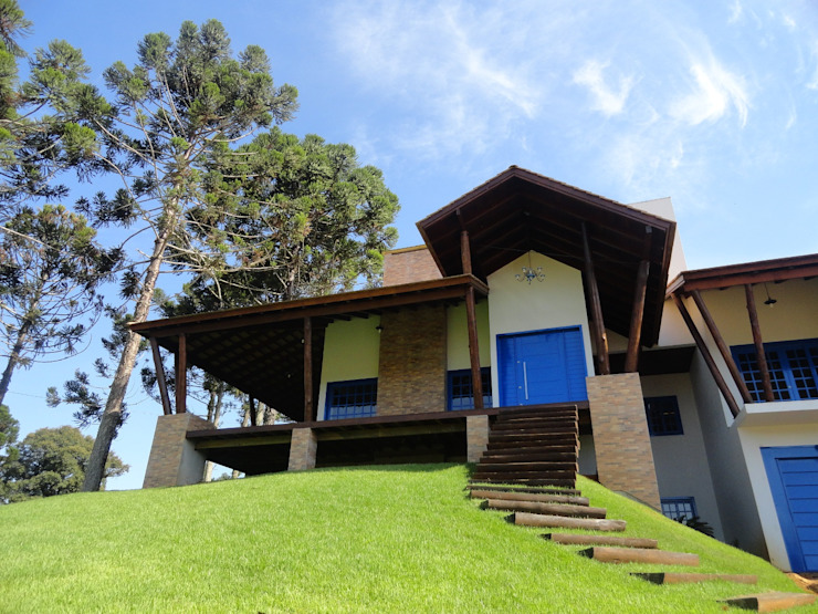 Casa rurale di Márcia Pilz Arquiteta e Urbanista Rurale Legno Effetto legno