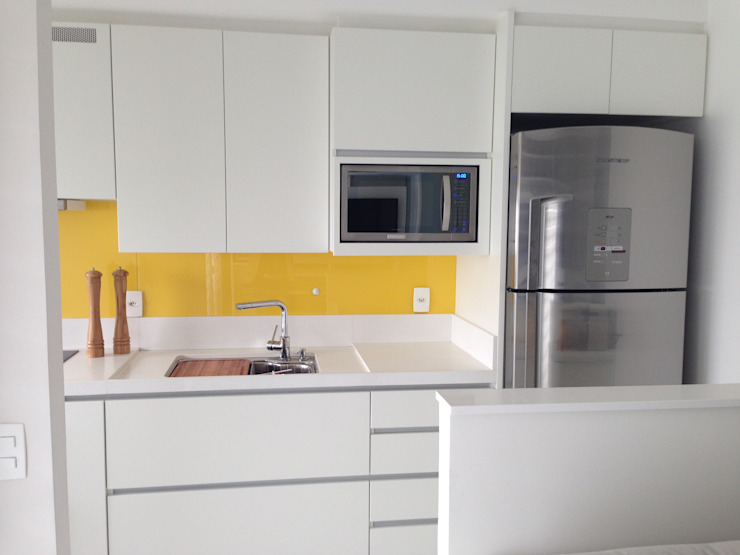Adriana Fiali e Rose Corsini - FICODesign Modern kitchen MDF Yellow