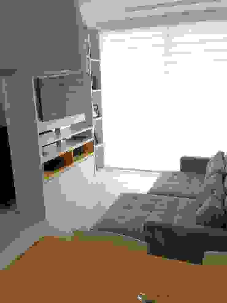 Adriana Fiali e Rose Corsini - FICODesign Modern living room