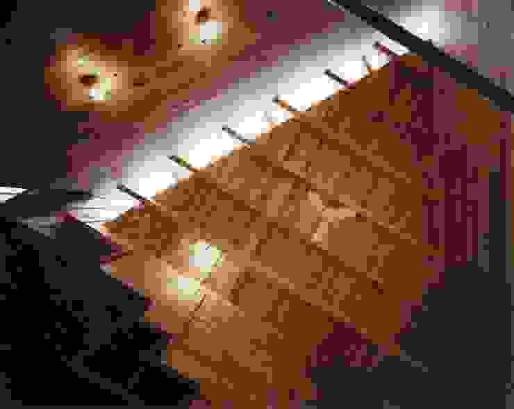 金岡のアトリエ オリジナルスタイルの 玄関&廊下&階段 の Y's建築工房 一級建築士事務所 オリジナル