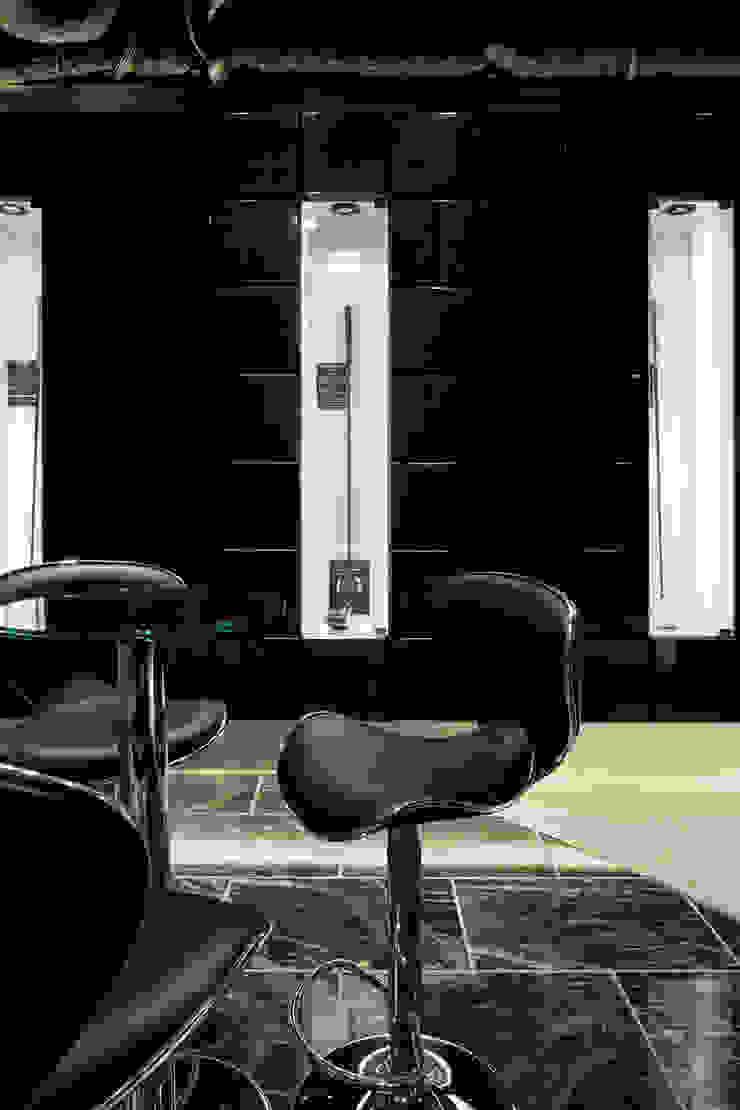 ショールーム: atelier mが手掛けた現代のです。,モダン