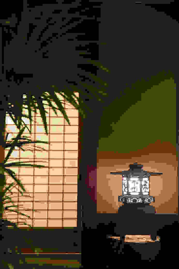 Asian style garden by 一級建築士事務所 (有)BOFアーキテクツ Asian