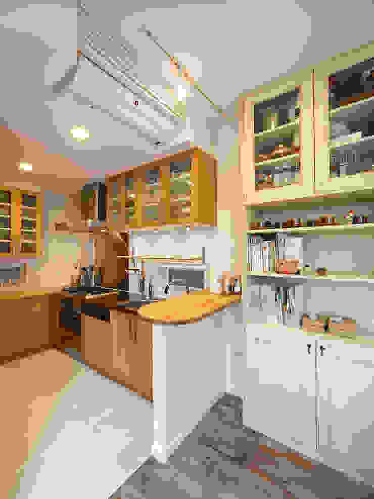 キッチン 北欧デザインの キッチン の atelier m 北欧