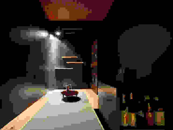 酒部屋 モダンデザインの 多目的室 の atelier m モダン
