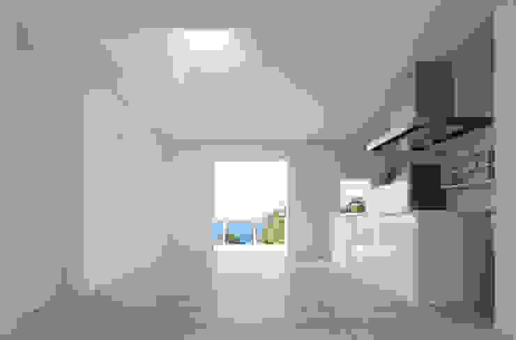 1階リビングダイニング: IZUE architect & associatesが手掛けた家です。,ミニマル 木 木目調