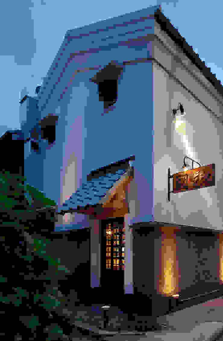 外観 日本家屋・アジアの家 の IZUE architect & associates 和風 石