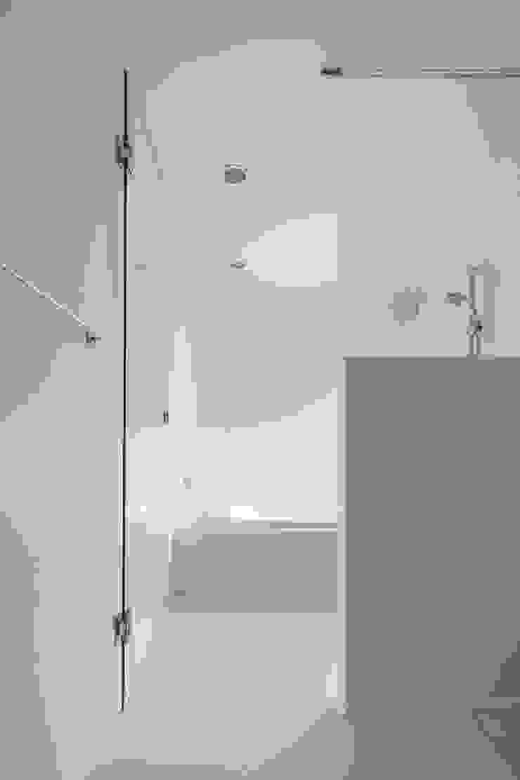 ループ&ループ モダンスタイルの お風呂 の Smart Running一級建築士事務所 モダン