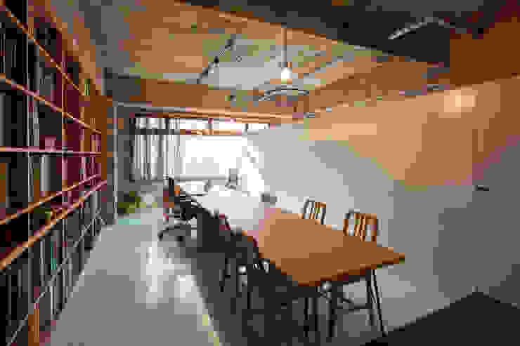 千葉の事務所 コンバージョン Smart Running一級建築士事務所 オリジナルデザインの 書斎