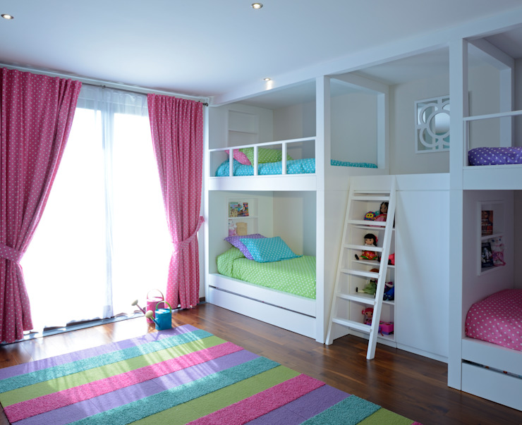 homify Nursery/kid's room Wood Multicolored