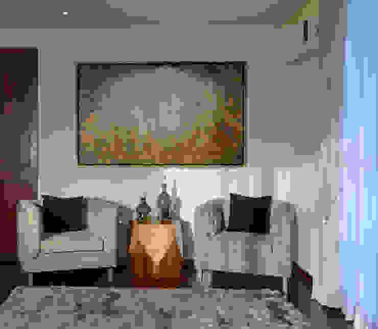 Recibidor Recamara Principal Casa GL: Recámaras de estilo  por VICTORIA PLASENCIA INTERIORISMO, Moderno