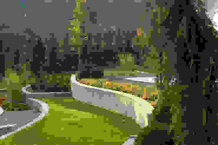Vườn theo Pracownia Projektowa Architektury Krajobrazu Januszówka, Hiện đại