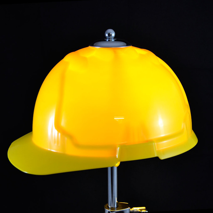 'GET AHEAD GET A HAT' TABLE LAMP/DESK LIGHT it's a light Ruang Media Gaya Eklektik Yellow