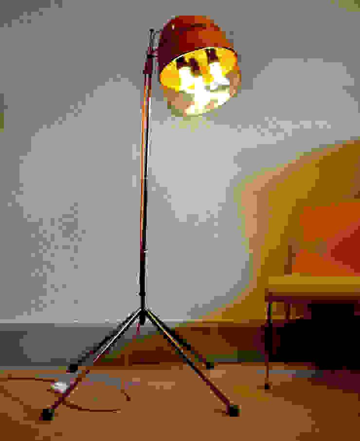 'THE SALONAIRE' FLOOR LAMP it's a light Ruang Media Gaya Eklektik