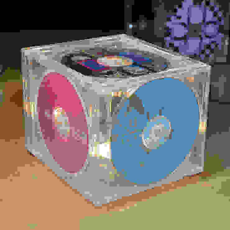 THE 'CD-LIGHT' TABLE LAMP – A LITTLE LIGHT MUSIC. it's a light Ruang Studi/Kantor Gaya Eklektik