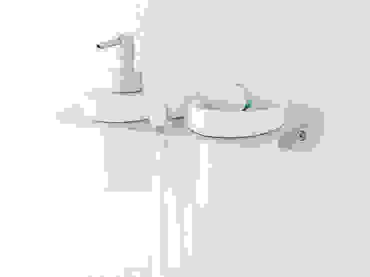 Bathroom by Alum Design Works