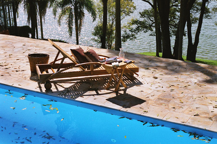Country style pool by Célia Orlandi por Ato em Arte Country Sandstone