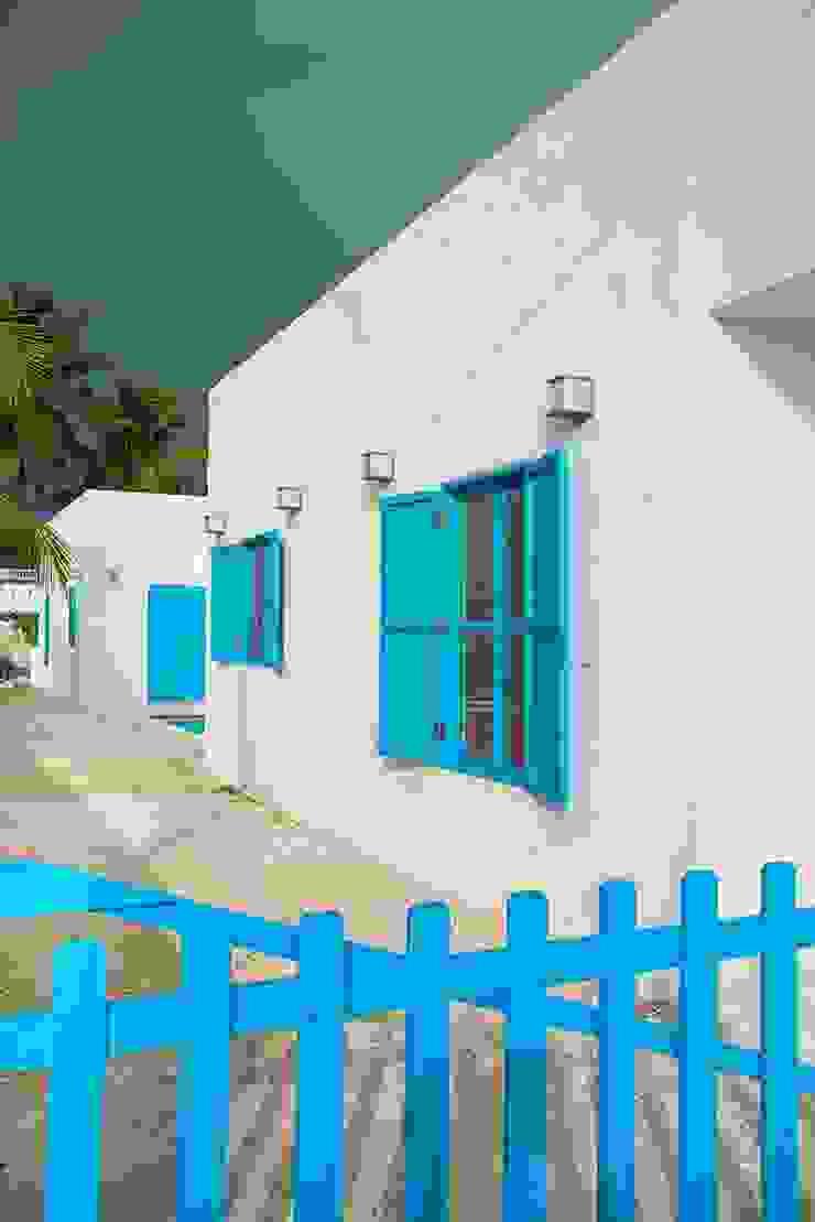 Casas de estilo mediterráneo de Arq Mobil Mediterráneo