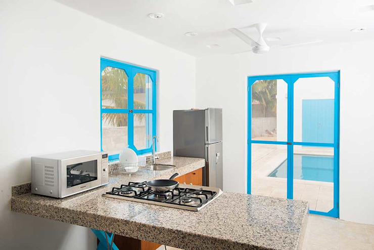 Kitchen by Arq Mobil, Mediterranean