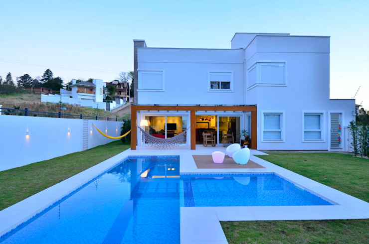 Piscina Modern Houses by ARQ Ana Lore Burliga Miranda Modern