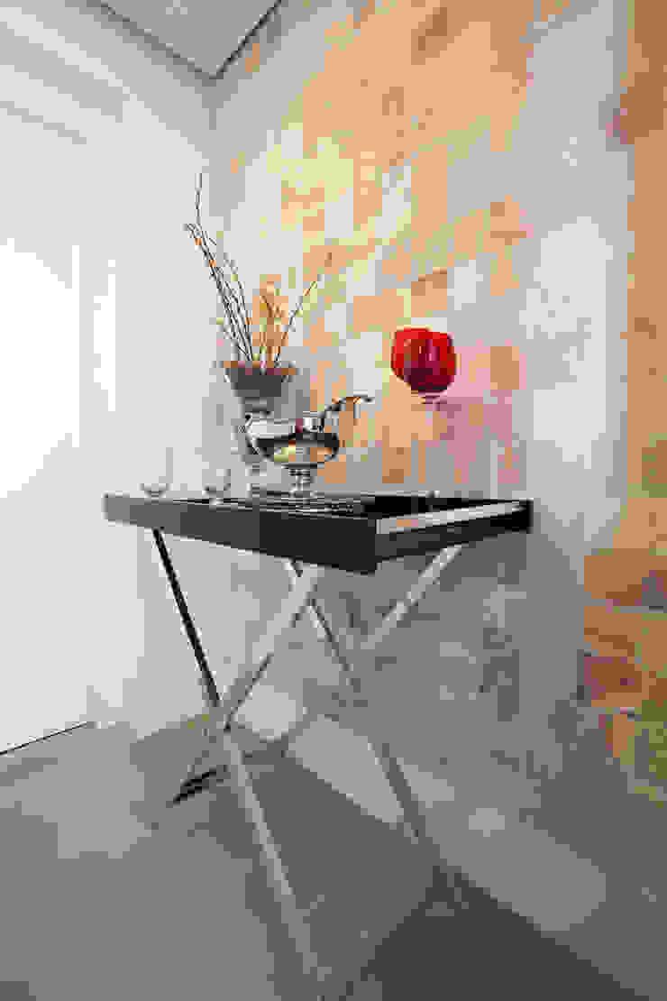 Apartamento Itaim Corredores, halls e escadas modernos por Arquitetura Juliana Fabrizzi Moderno Pedra