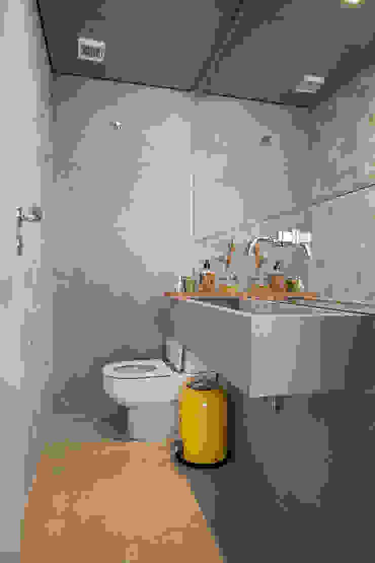 Apartamento Itaim Banheiros modernos por Arquitetura Juliana Fabrizzi Moderno
