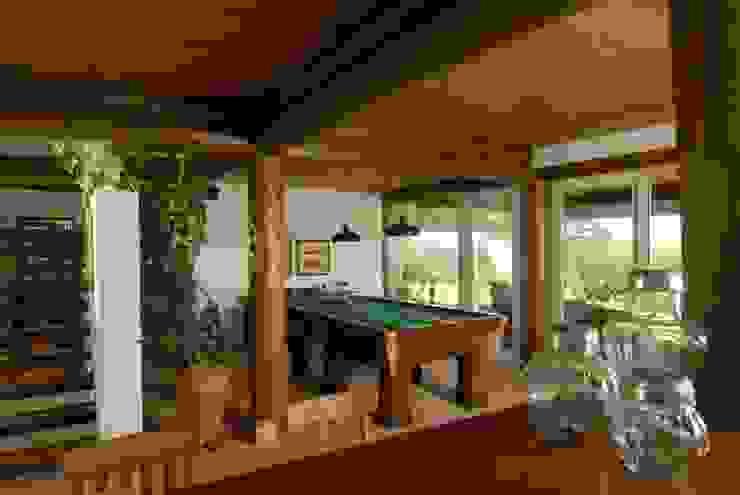 Rustikale Wohnzimmer von Carmen Saraiva Arquitetura Rustikal