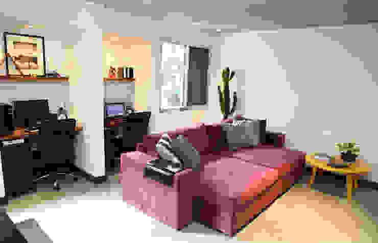 Apartamento de 60m² Salas de estar ecléticas por Fabiana Rosello Arquitetura e Interiores Eclético
