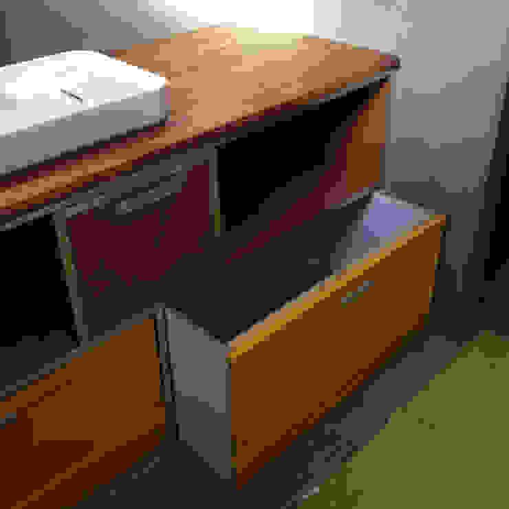 de JM Design Ameublement Moderno Madera Acabado en madera