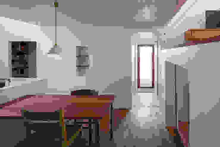 蔵前の家 モダンデザインの ダイニング の 吉田夏雄建築設計事務所 モダン